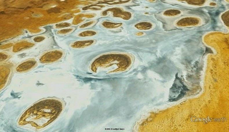 lake-amadeus-3