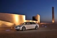 2013-BMW-7-Series-22.jpg