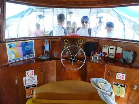 La mare in Cipru: Comanda lui Yellow Submarine