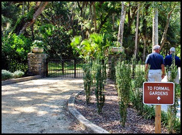 04c - Washington Oaks Garden - Entering the gardens