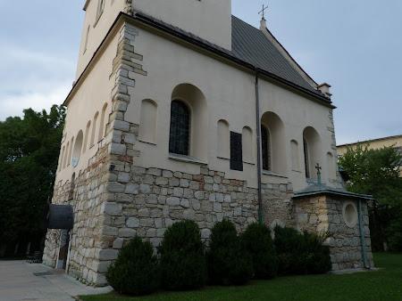 Prezenta romanesti in Ucraina: Biserica moldoveneasca la Lvov