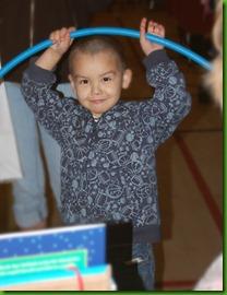 happy boy hula hoop (2)