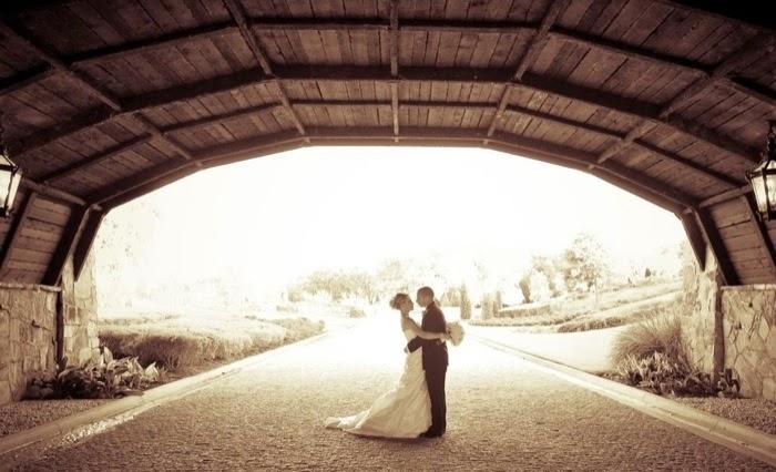 bevis-wedding-11-2010-tunnel