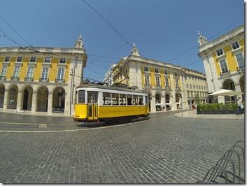 Le tram' au niveau de la Place du Commerce