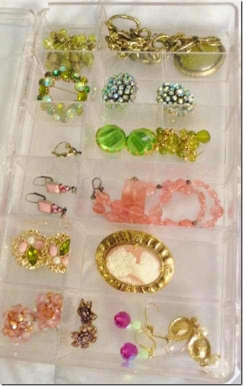 organizing jewelry 002 (800x600)