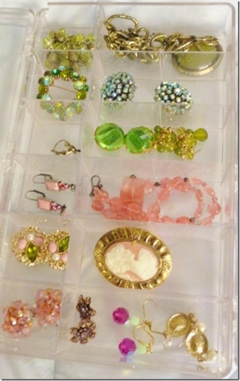 organizing jewelry 002 (800x600)