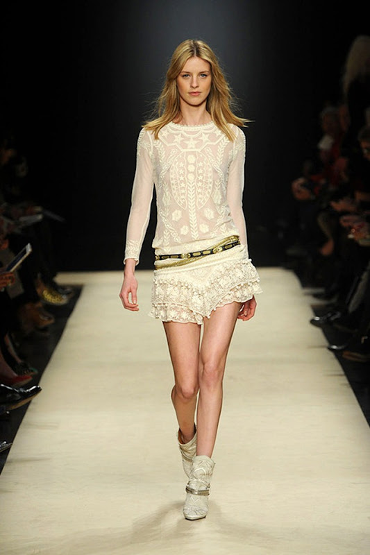 Isabel-marant-FALL-2012-RTW-podium-014_runway