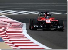 Rodolfo Gonazalez con la Marussia nelle prove libere del gran premio del Bahrain 2013