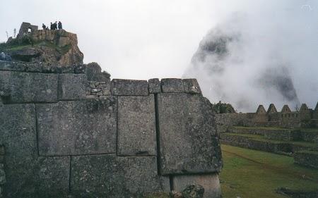 11 Ploaie la Macchu Picchu.jpg