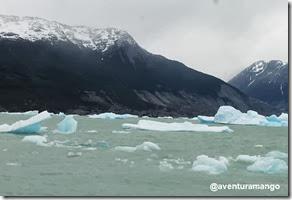 Gelo flutante próximo ao Glaciar Upsala