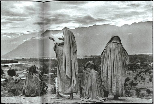 Srinagar, Kashmir, 1948. At first I thought that this was a collection of marble sculptures.