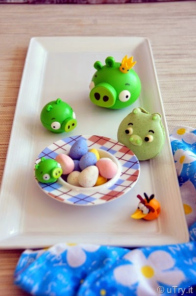 Angry Birds Piggy French Macarons   http://uTry.it