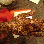 Hennadesigner.com mehndi artiist at the wedding hina party of T Paghdiwala (36).JPG