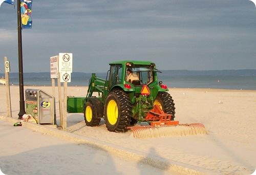 WB Beach 1 Clean up 070111a