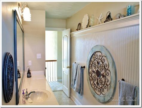 Bead Board Bathroom (2) (1024x683)