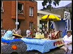 2002.08.18-015 la plage