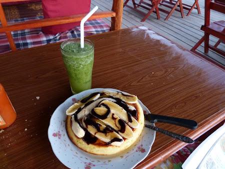 Banana pancake si lime juice in Laos