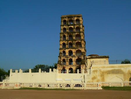 Tamil Nadu: Tanjore Tower