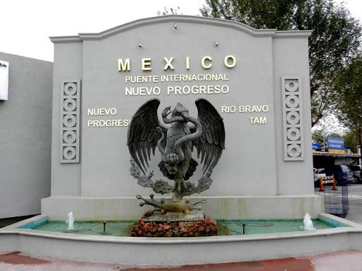 Azteca Pharmacy - Nuevo Progreso, Mexico