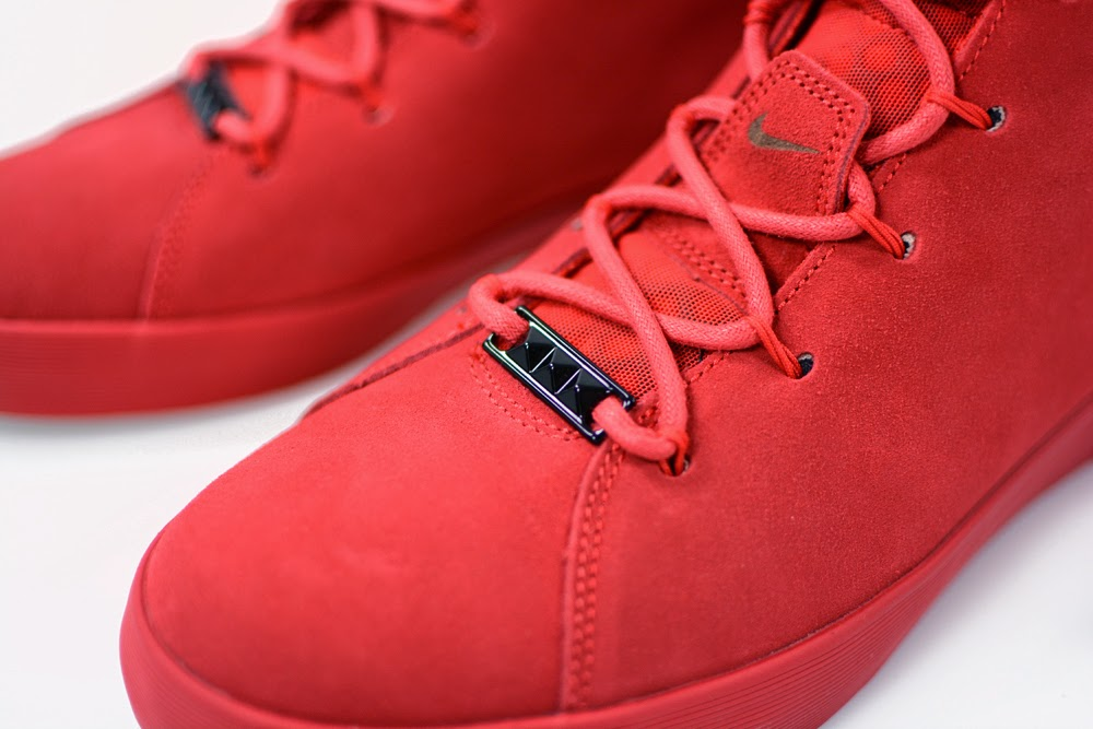 Nike LeBron 12 NSW Lifestyle Black Challenge Red