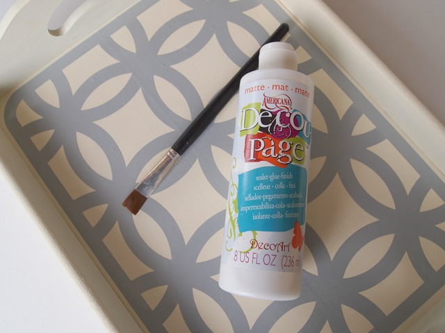 DIY stenciled tray with DecoArt