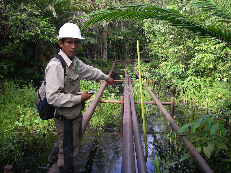 An indigenous monitor documents a new spill in Oil Block 8