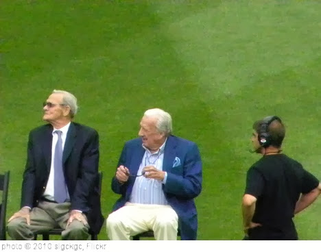 'Bob Mandt and Ralph Kiner' photo (c) 2010, slgckgc - license: http://creativecommons.org/licenses/by/2.0/