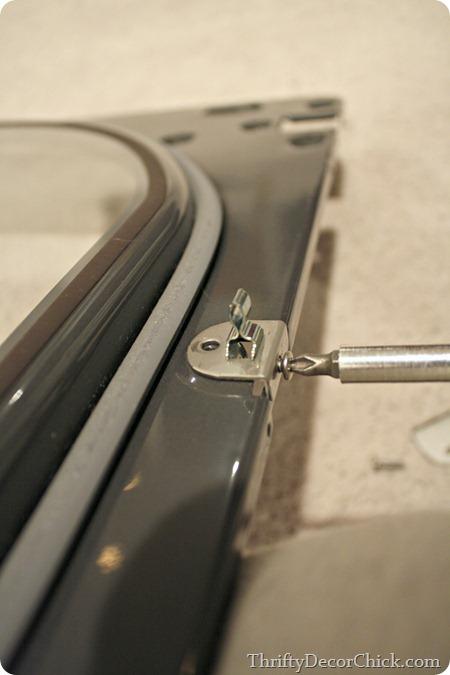 Flipping direction of dryer door