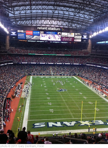 'Oakland Raiders @ Houston Texans, Reliant Stadium' photo (c) 2011, Gary Denham - license: http://creativecommons.org/licenses/by-sa/2.0/