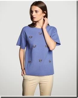 Jersey de manga tres cuartos y escote redondo.  azul con detalle pedrería en la parte delantera. 60% coton  40 nylon 10€ la na 34,95€ Amitie