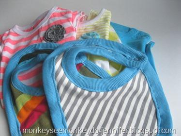 knit bibs (11)