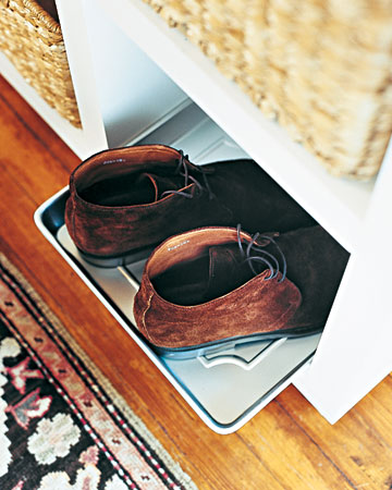 If you don't have a boot tray handy, just use an old baking sheet to put wet boots on.
