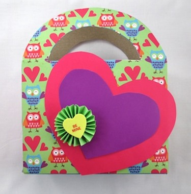 valentine-holder-from-cereal-box