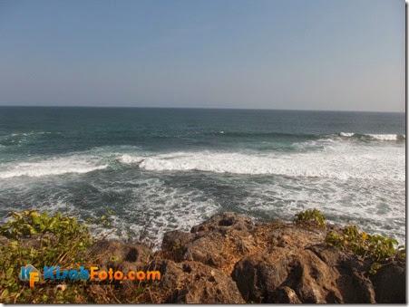Tebing pantai watu kodok Drini_12