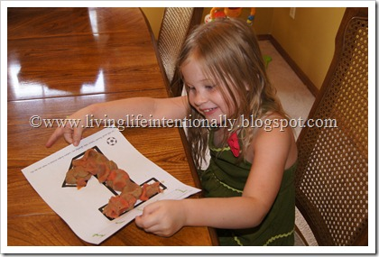 playdough mats - toddler numbers