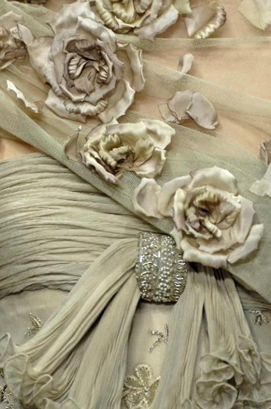 couture detail