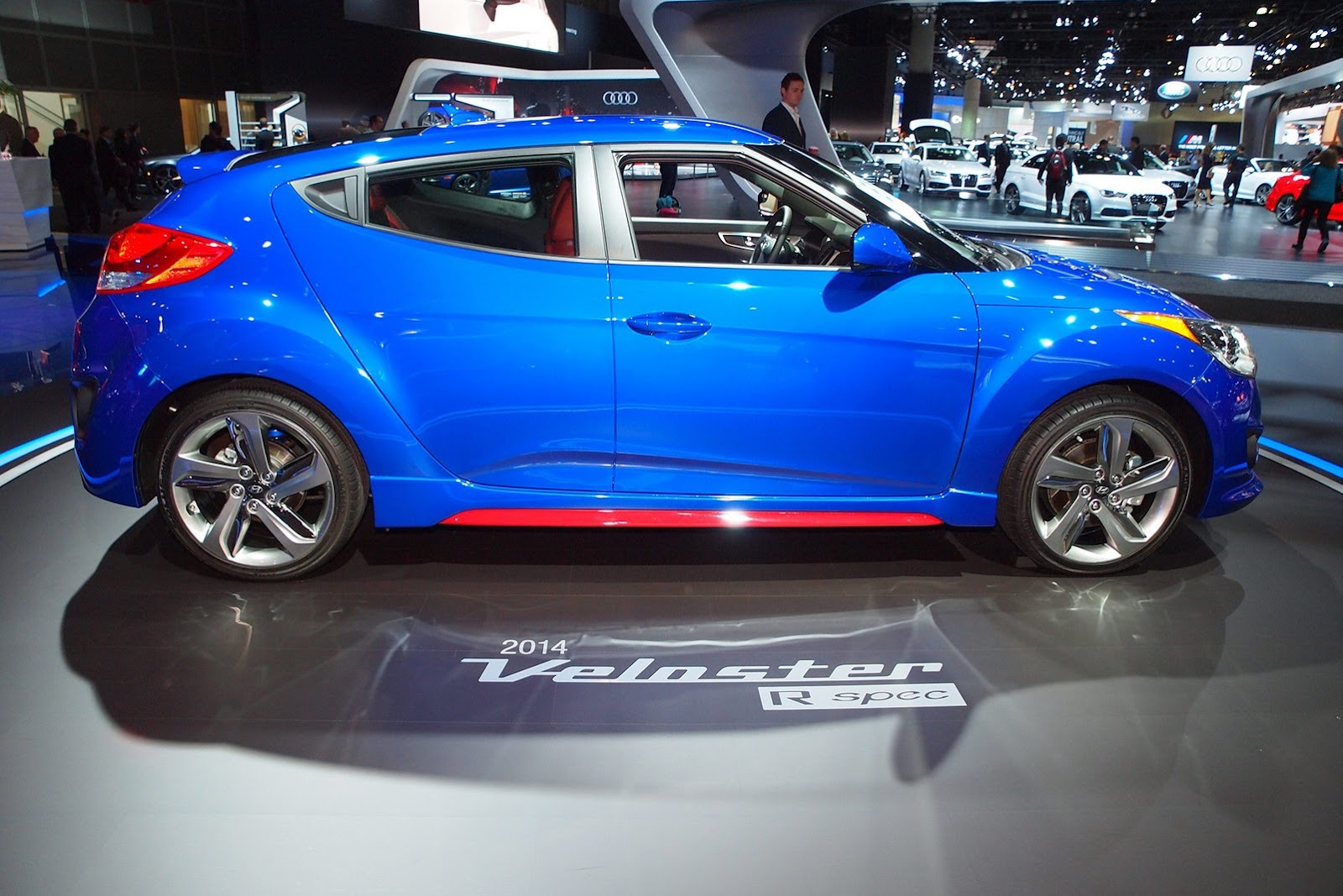 http://lh6.ggpht.com/-_Oh5PyibdX8/Uo_v5utIQ0I/AAAAAAAPOMI/yoM6VUYbN2M/s1600/2013-Los-Angeles-Auto-Show-103%25255B2%25255D.jpg