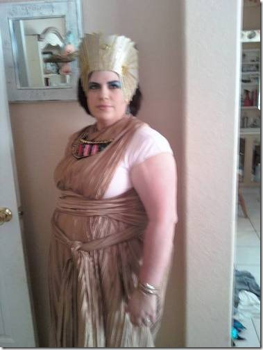108049_31Oct09_Cleopatra