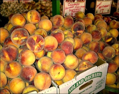 Peach Pie_Musso boxes of peaches [640x480]