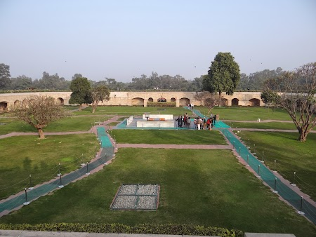 31. Mausoleu lui Gandhi.JPG
