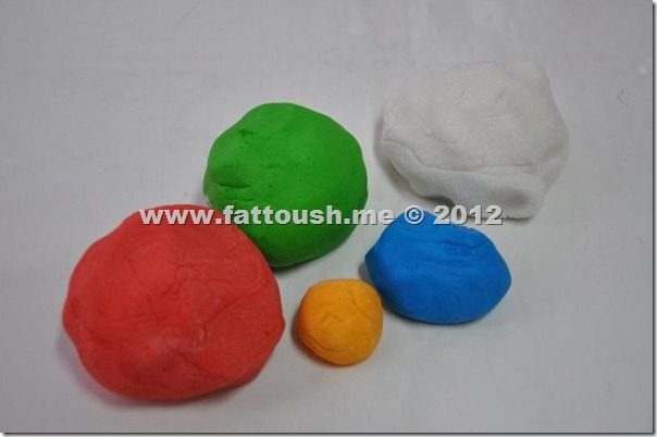 أنواع عجينة السكر واستعمالاتها من www.fattoush.me