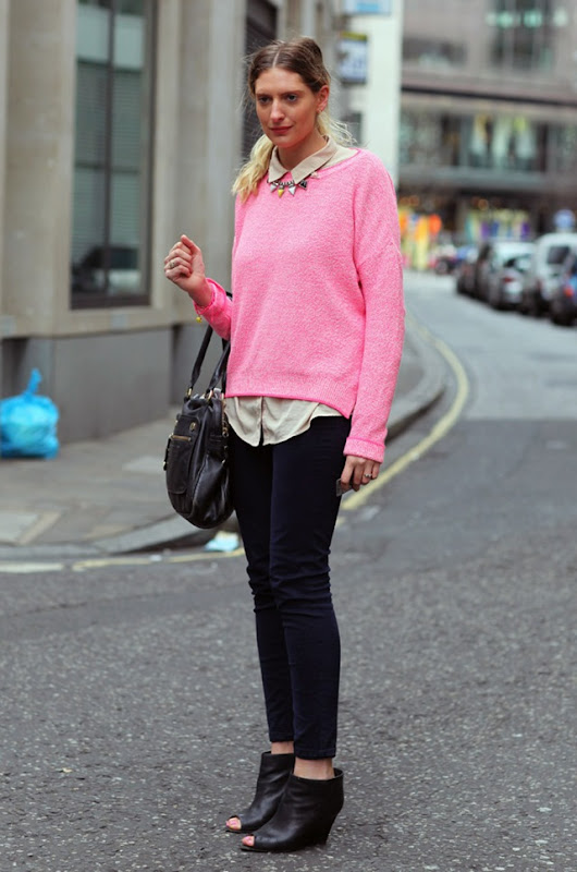 pink_sweater_london
