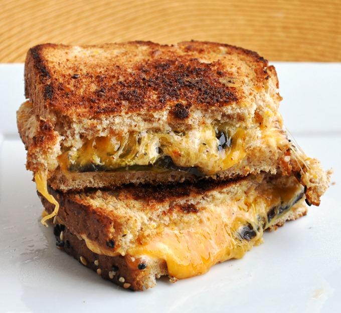 jalapeno popper sandwich 3