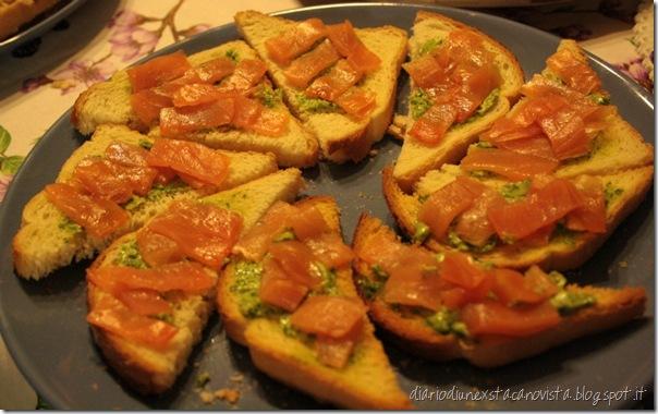 crostini salmone