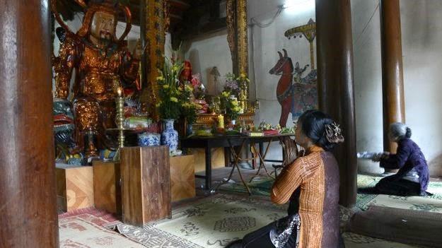 Quan điểm góc nhìn Phật Giáo - Người Áo Lam