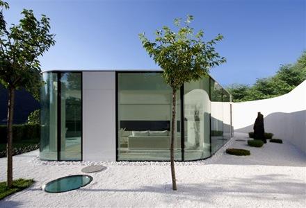 fachada-casa-moderna-muros-de-cristal-Lago-de-Lugano