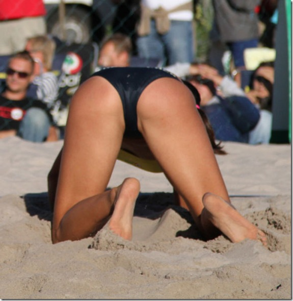 girls-volleyball-butt-9