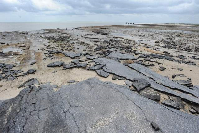 A Delaware committee completed recommendations for dealing with sea-level rise, which threatens the state's coastline, such as this section of Fowler Beach seen on 22 May 2013. Photo: GARY EMEIGH / THE NEWS JOURNAL