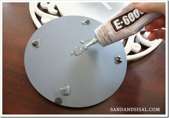 glue mirror