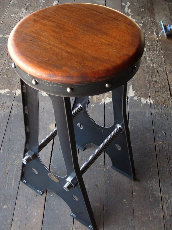 Vintage industrial bar stool chair designs vintage for Industrial design bar stools